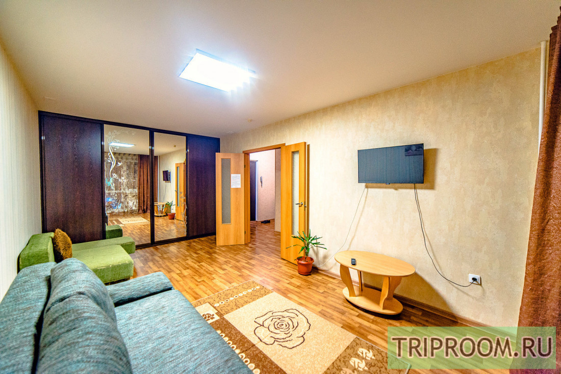 1-комнатная квартира посуточно (вариант № 60201), ул. пр-т. Строителей, фото № 1