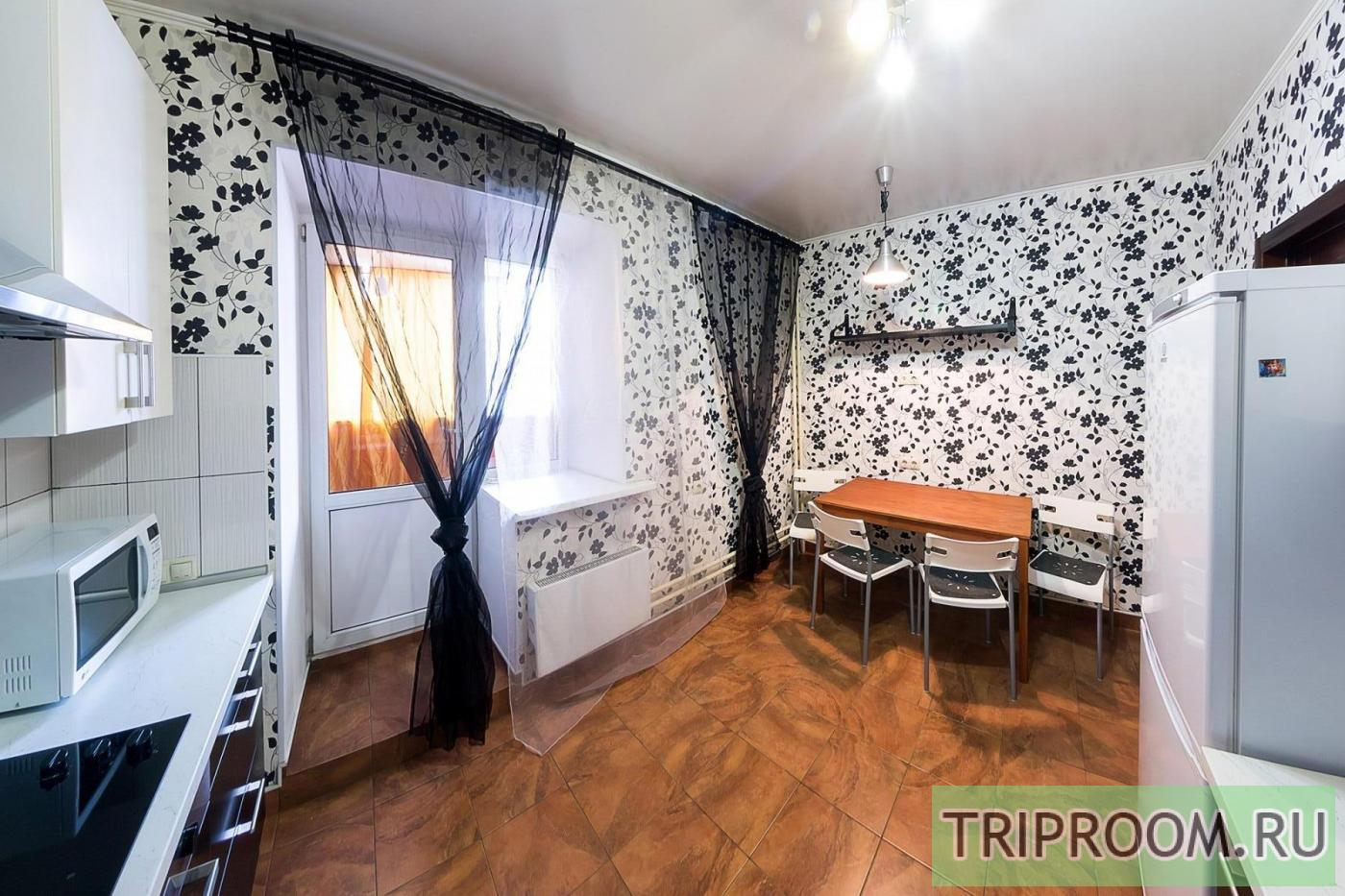 1-комнатная квартира посуточно (вариант № 33969), ул. Серафимовича улица, фото № 2