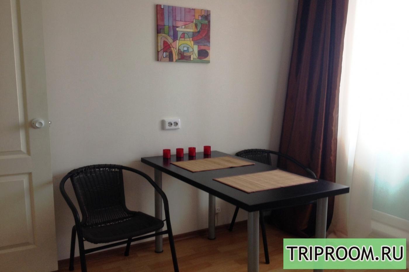 1-комнатная квартира посуточно (вариант № 7419), ул. Черкасская улица, фото № 1