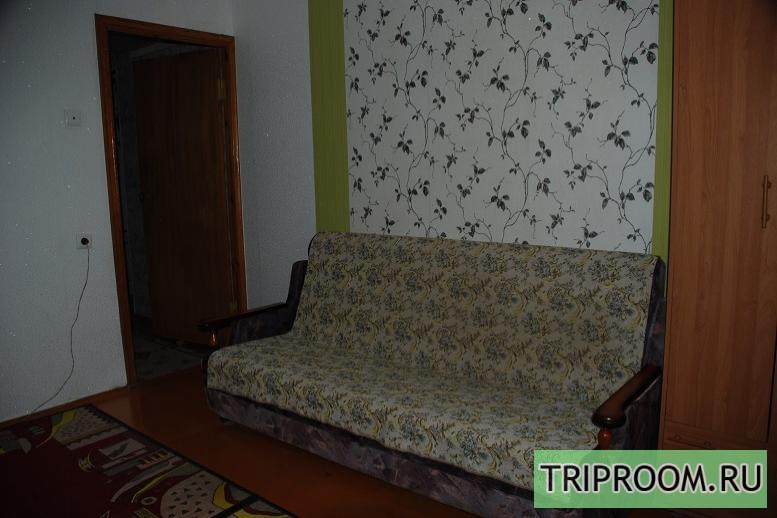 Комната в 3х-комнатной квартире посуточно (вариант № 6721), ул. 40-летия Победы проспект, фото № 1
