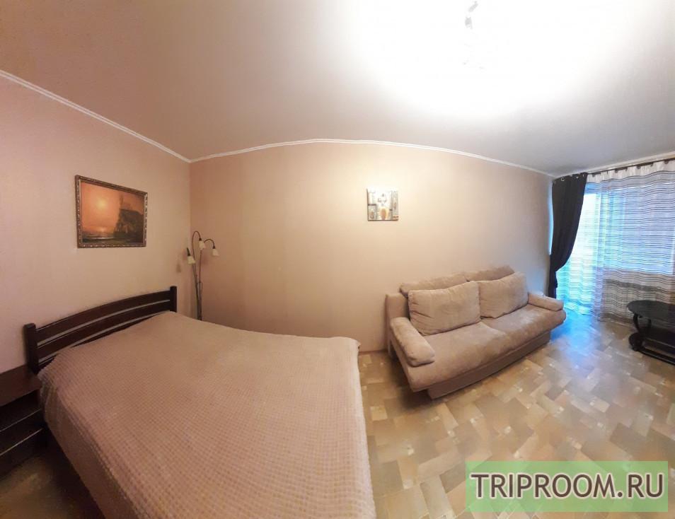 1-комнатная квартира посуточно (вариант № 1355), ул. Ефремова улица, фото № 1