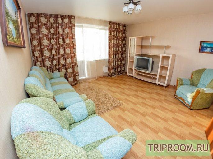 2-комнатная квартира посуточно (вариант № 32861), ул. Батурина улица, фото № 1