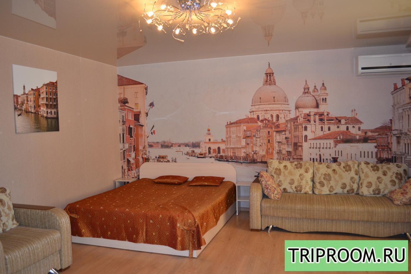1-комнатная квартира посуточно (вариант № 591), ул. Революции проспект, фото № 1