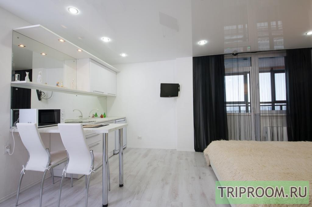 1-комнатная квартира посуточно (вариант № 7026), ул. Авиаторов улица, фото № 2