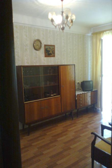2-комнатная квартира посуточно (вариант № 2427), ул. Ефремова улица, фото № 2