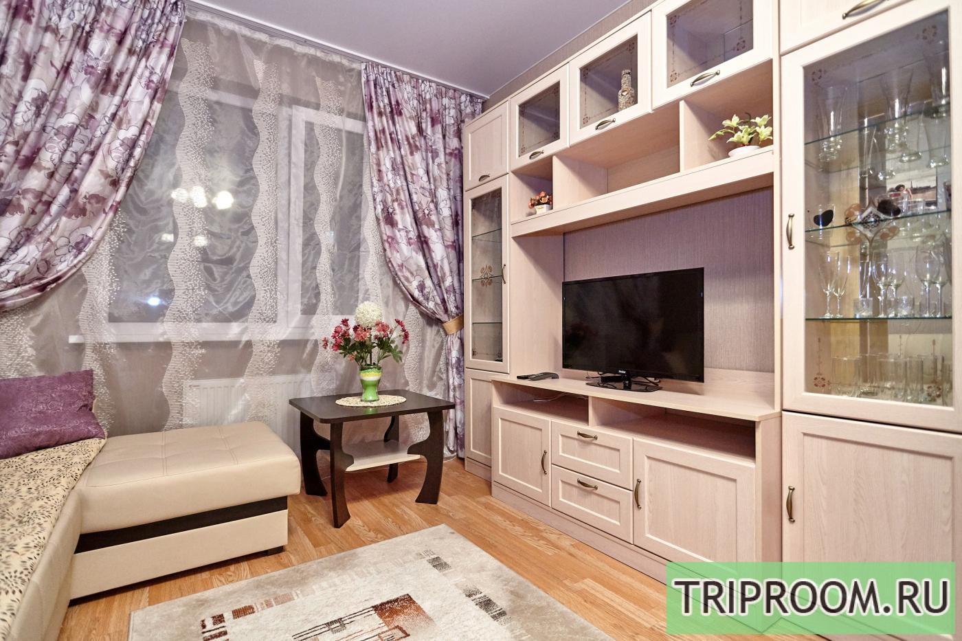 1-комнатная квартира посуточно (вариант № 6860), ул. Соколова улица, фото № 2