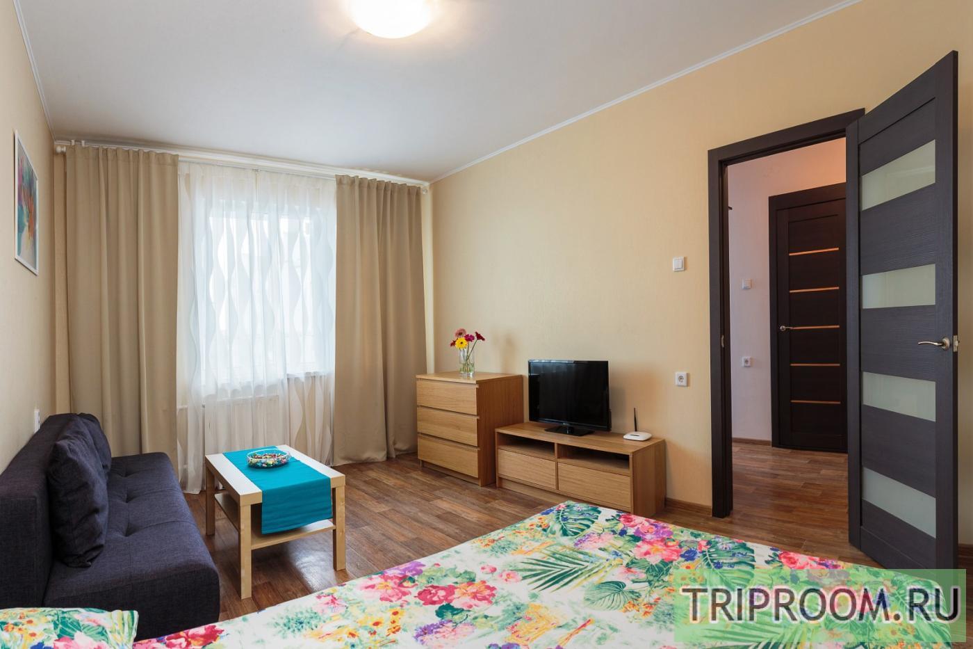 1-комнатная квартира посуточно (вариант № 16235), ул. Анатолия Мехренцева улица, фото № 2
