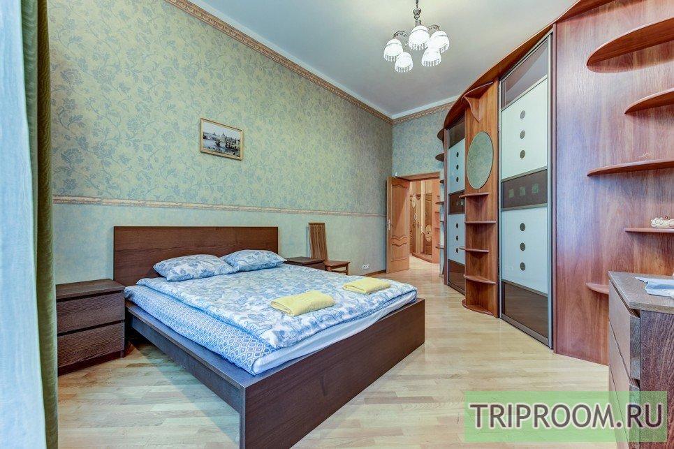 4-комнатная квартира посуточно (вариант № 55589), ул. Невский проспект, фото № 12