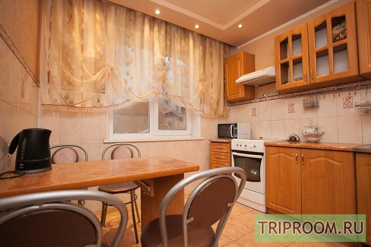 3-комнатная квартира посуточно (вариант № 212), ул. Российская улица, фото № 8