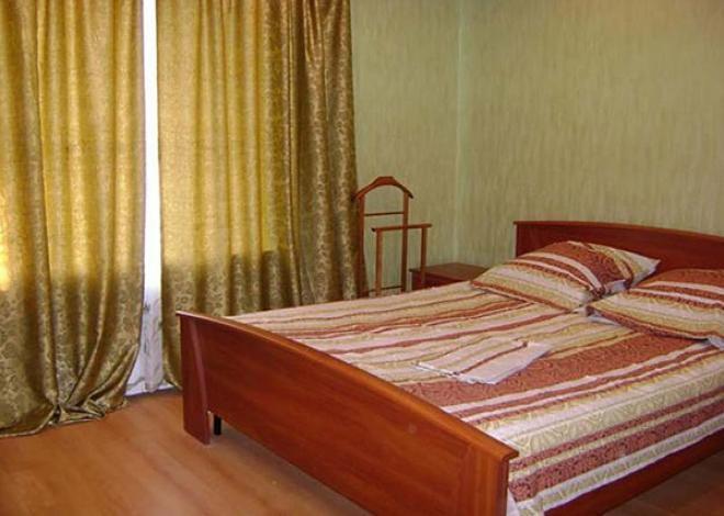 3-комнатная квартира посуточно (вариант № 140), ул. Челюскинцев улица, фото № 4
