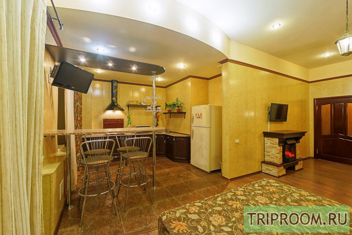 1-комнатная квартира посуточно (вариант № 6079), ул. Молодогвардейцев улица, фото № 1
