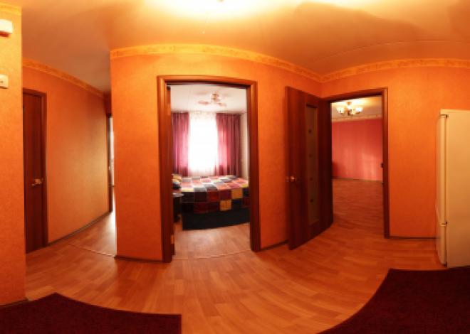 2-комнатная квартира посуточно (вариант № 69), ул. С. Садыковой улица, фото № 2