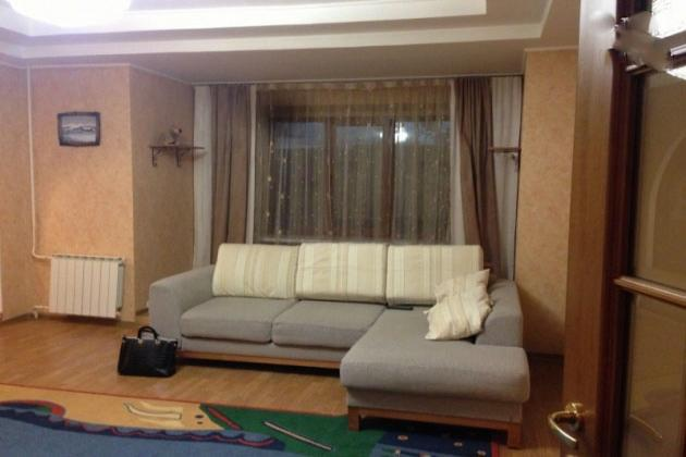 1-комнатная квартира посуточно (вариант № 3778), ул. Писателей бульвар, фото № 1