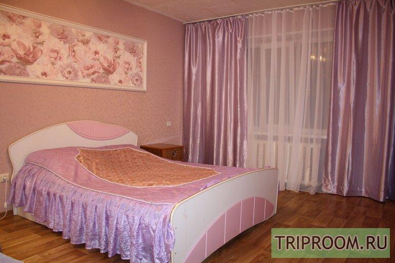 1-комнатная квартира посуточно (вариант № 49501), ул. Бажова улица, фото № 2