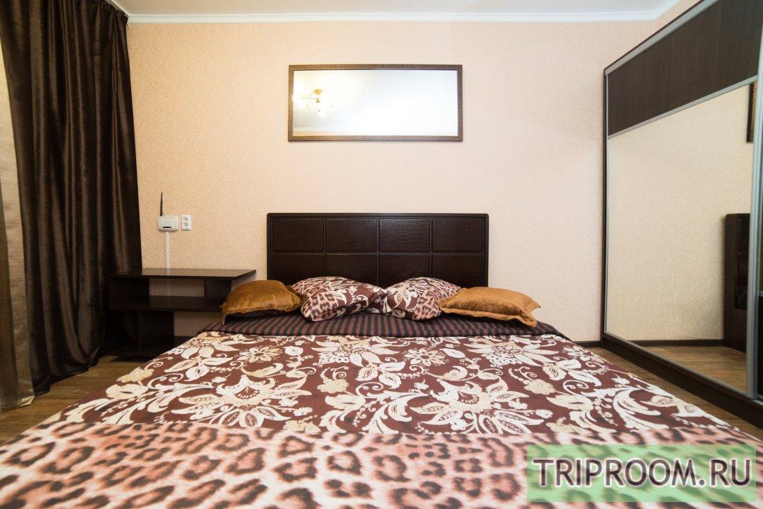 1-комнатная квартира посуточно (вариант № 6118), ул. Братьев Кашириных улица, фото № 2