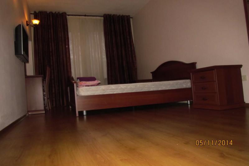 2-комнатная квартира посуточно (вариант № 437), ул. Коммунистическая улица, фото № 14