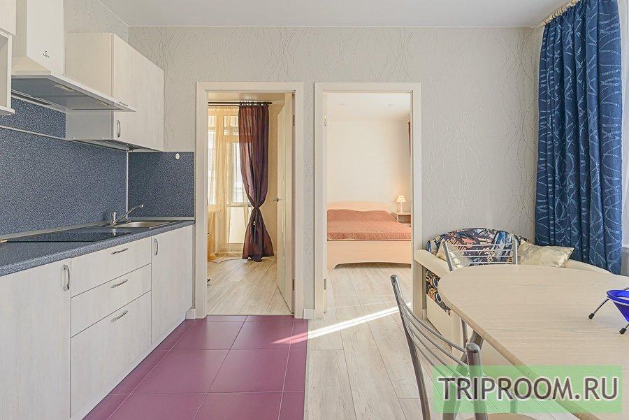 2-комнатная квартира посуточно (вариант № 54620), ул. Кременчугская улица, фото № 6