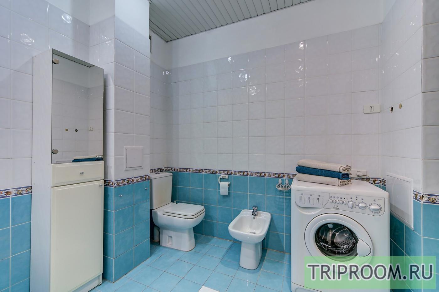 2-комнатная квартира посуточно (вариант № 20143), ул. Невский проспект, фото № 12