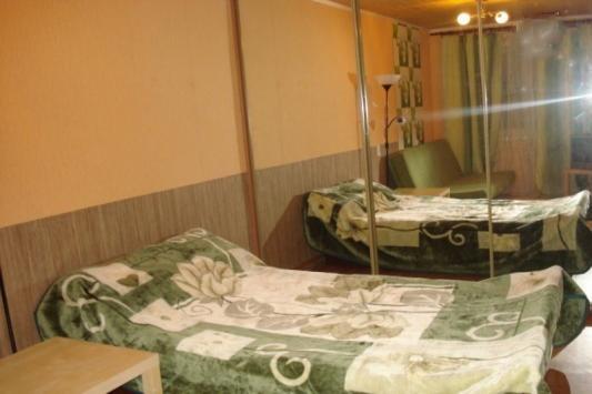 2-комнатная квартира посуточно (вариант № 3312), ул. Марата улица, фото № 3
