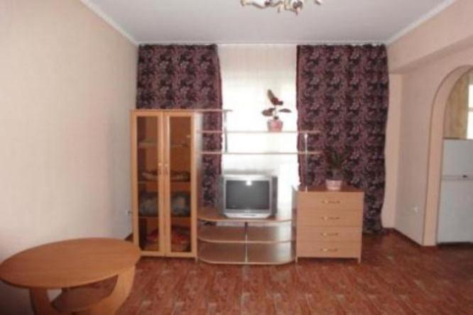 1-комнатная квартира посуточно (вариант № 1346), ул. Авиаторов улица, фото № 3