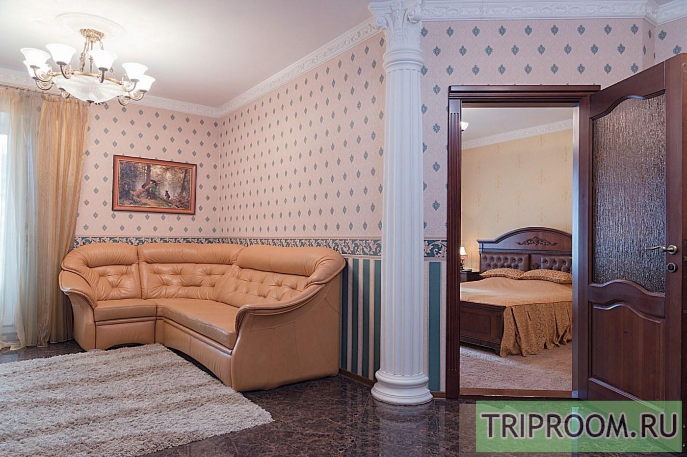 2-комнатная квартира посуточно (вариант № 39986), ул. Взлётная улица, фото № 1