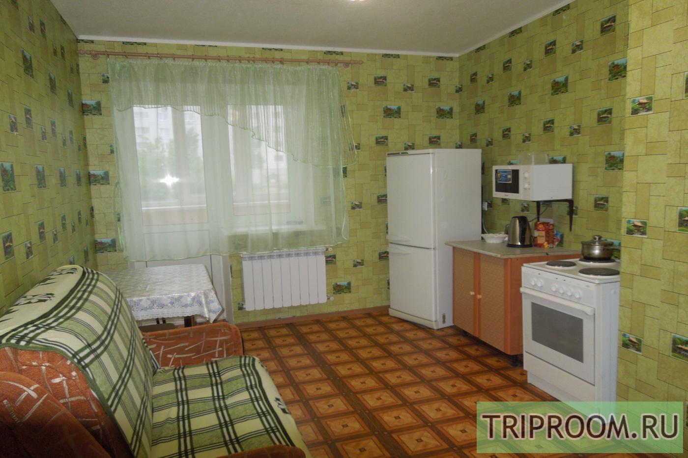 1-комнатная квартира посуточно (вариант № 1933), ул. Краснознаменная улица, фото № 1