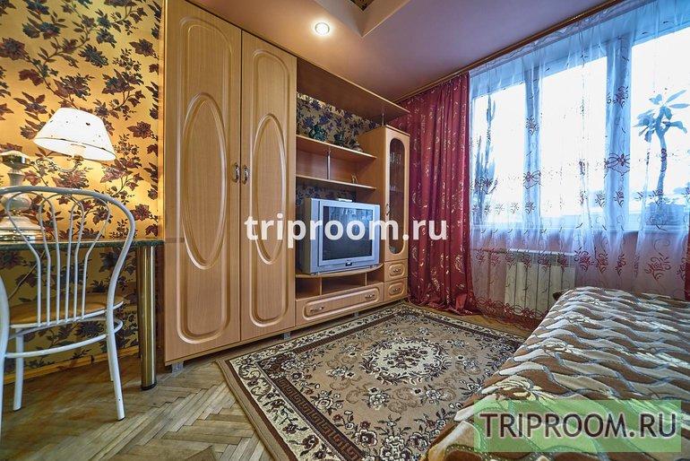 3-комнатная квартира посуточно (вариант № 47812), ул. 21 линия ВО, фото № 8