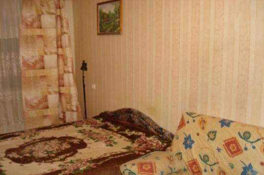 2-комнатная квартира посуточно (вариант № 3313), ул. Книповича улица, фото № 4