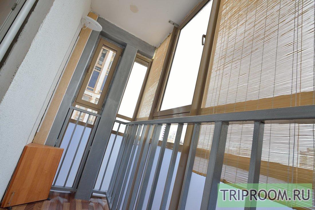 1-комнатная квартира посуточно (вариант № 38803), ул. Братьев Кашириных улица, фото № 14