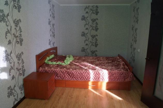 3-комнатная квартира посуточно (вариант № 4139), ул. Циолковского улица, фото № 2