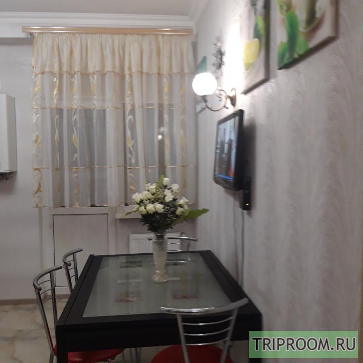 1-комнатная квартира посуточно (вариант № 10338), ул. Октябрьской Революции проспект, фото № 9
