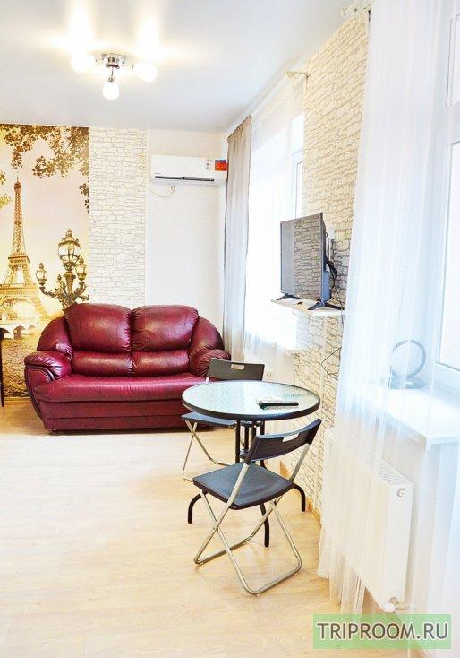 1-комнатная квартира посуточно (вариант № 56183), ул. Героя Сарабеева улица, фото № 1