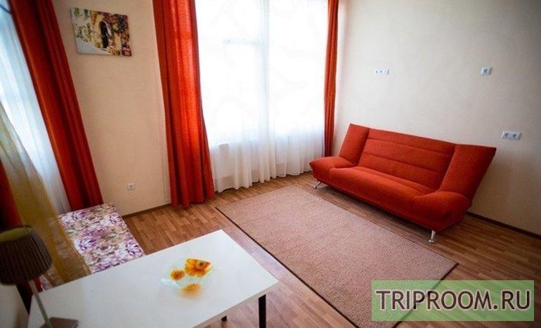 1-комнатная квартира посуточно (вариант № 46763), ул. Айвазовского улица, фото № 1