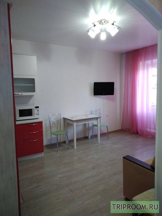 2-комнатная квартира посуточно (вариант № 55138), ул. Дзержинского улица, фото № 1