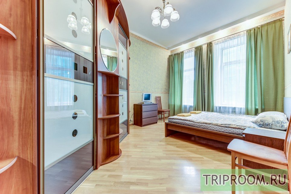 4-комнатная квартира посуточно (вариант № 55589), ул. Невский проспект, фото № 3
