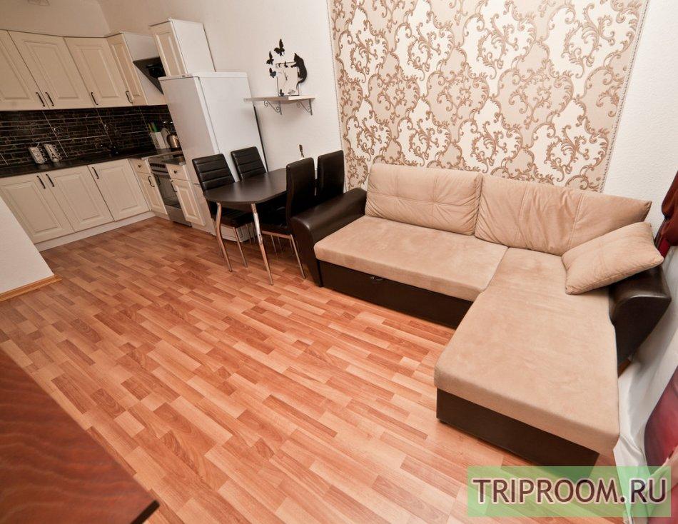 2-комнатная квартира посуточно (вариант № 60012), ул. Стачек улица, фото № 4