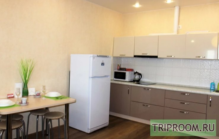 2-комнатная квартира посуточно (вариант № 45218), ул. Игоря Киртбая улица, фото № 7