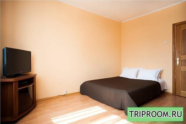 1-комнатная квартира посуточно (вариант № 7945), ул. Введенского улица, фото № 1