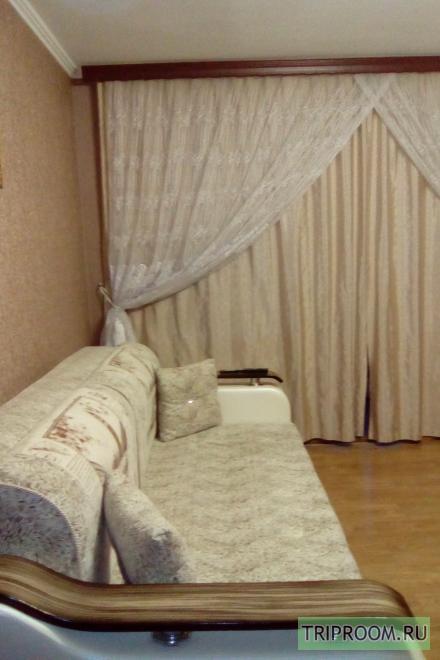 2-комнатная квартира посуточно (вариант № 20773), ул. Конституции СССР улица, фото № 1