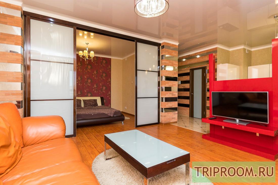 2-комнатная квартира посуточно (вариант № 6378), ул. Воровского улица, фото № 1