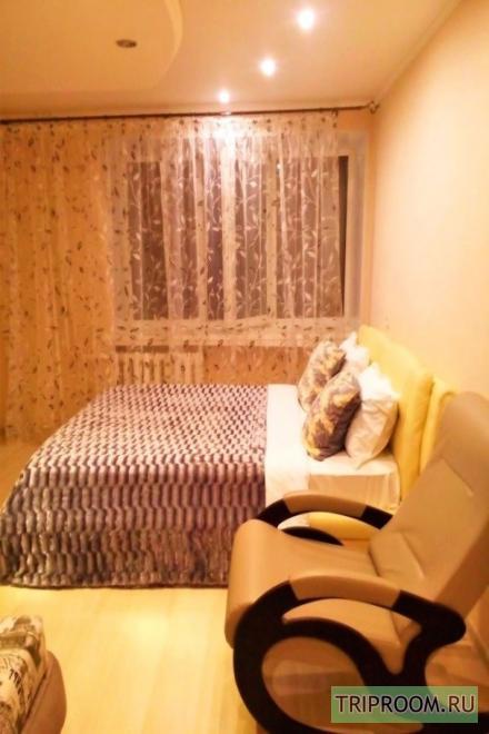 1-комнатная квартира посуточно (вариант № 30720), ул. Азина улица, фото № 1