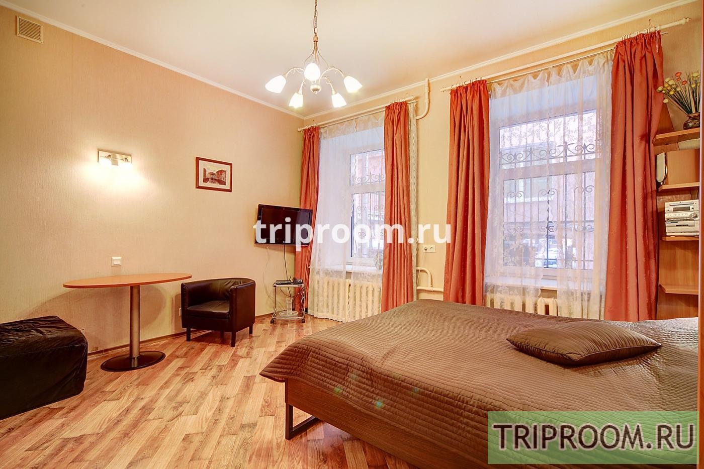 1-комнатная квартира посуточно (вариант № 15082), ул. Невский проспект, фото № 2