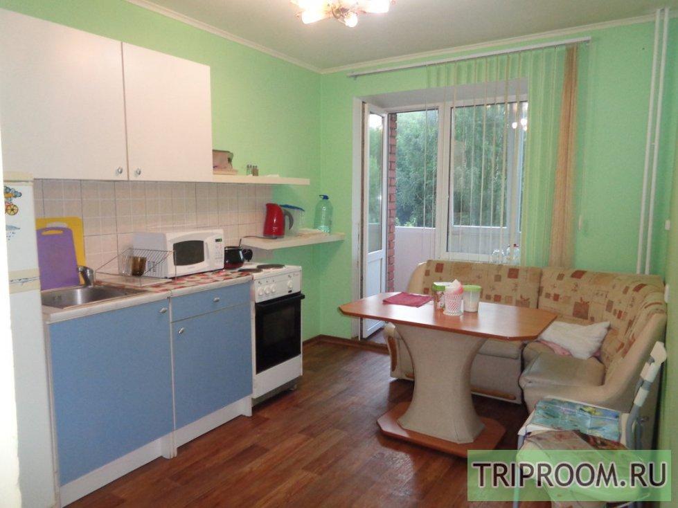 2-комнатная квартира посуточно (вариант № 33612), ул. Учебная улица, фото № 1