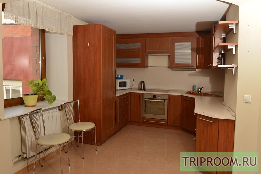 3-комнатная квартира посуточно (вариант № 11570), ул. Петропавловская улица, фото № 5