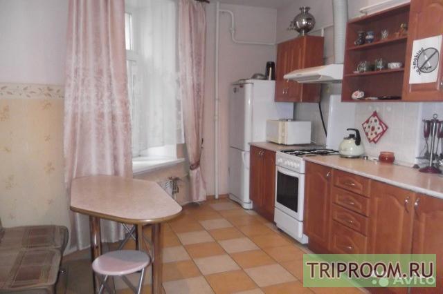 Комната в 5х-комнатной квартире посуточно (вариант № 31400), ул. Большой пр, фото № 4
