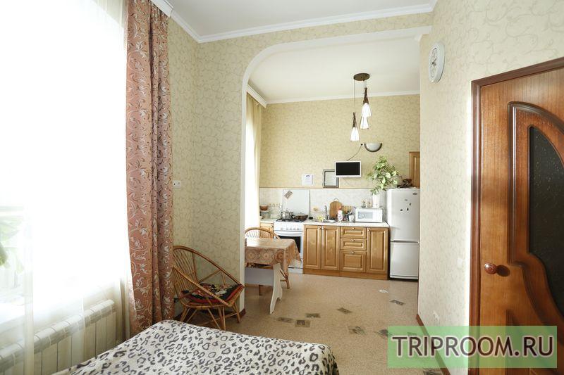 1-комнатная квартира посуточно (вариант № 10827), ул. Коммунистическая улица, фото № 1