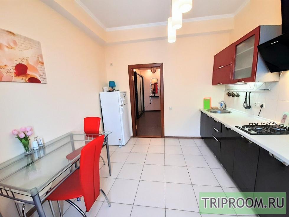 2-комнатная квартира посуточно (вариант № 657), ул. Дыбенко улица, фото № 26