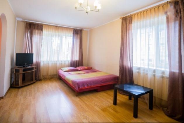1-комнатная квартира посуточно (вариант № 3700), ул. Мичурина улица, фото № 6
