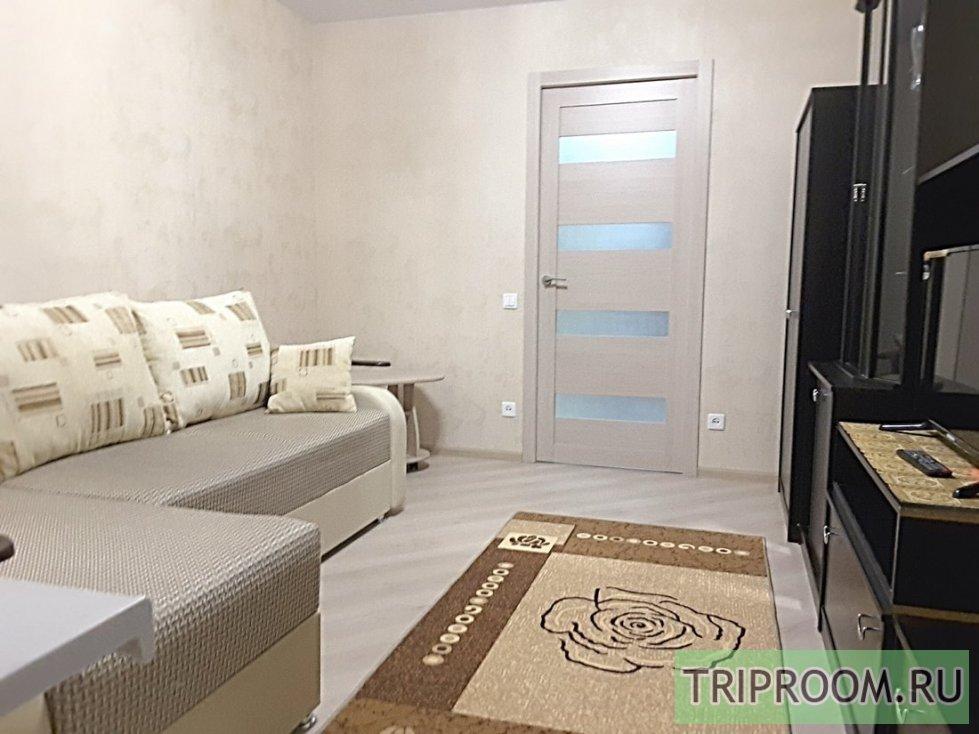 2-комнатная квартира посуточно (вариант № 60927), ул. Никитинская, фото № 1