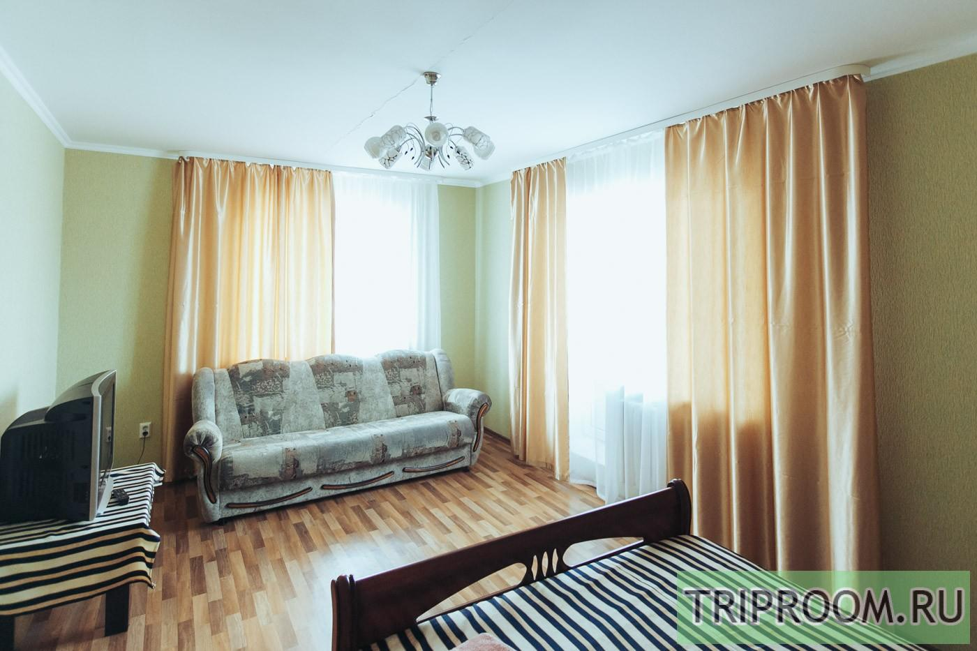 1-комнатная квартира посуточно (вариант № 30979), ул. Петра Смородина улица, фото № 3